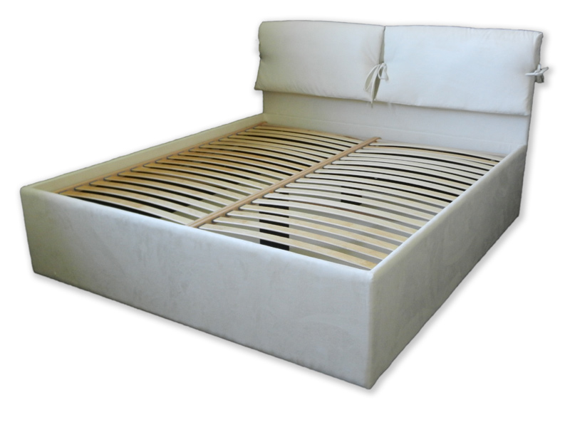 Oblazinjena postelja Toskana I