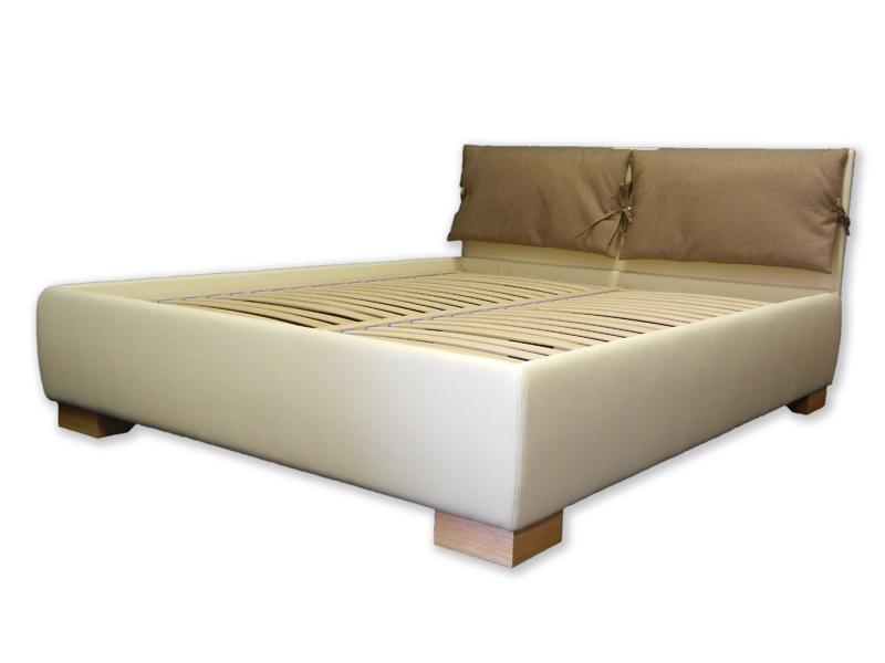 Oblazinjena postelja Toskana II